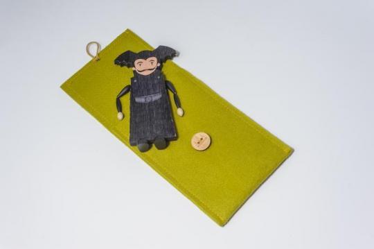Dřevěná figurka - čaroděj