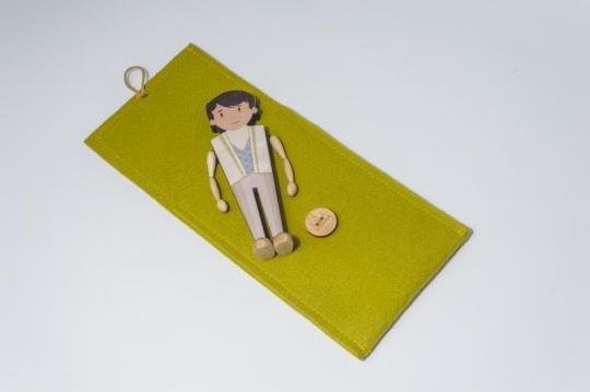 Dřevěná figurka - princ
