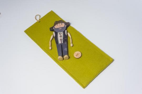 Dřevěná figurka - loupežník