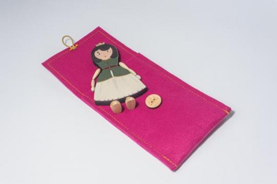 Dřevěná figurka - královna