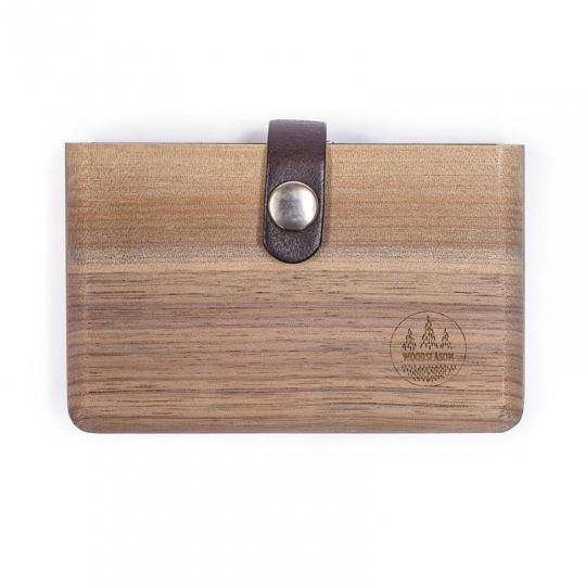 Peněženka z ořechového dřeva